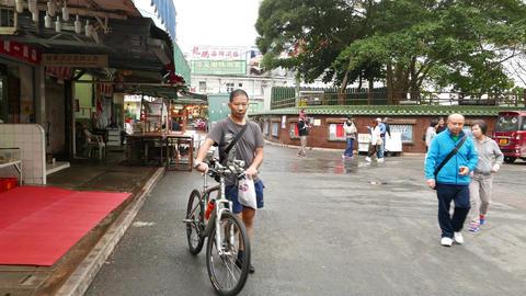 Walking into fisherman village, Lei Yue Mun. Habitants on the way Footage