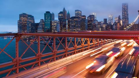 Brooklyn bridge car traffic light timelapse - New York - USA Footage