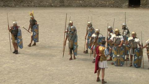 roman praetorian deployment 01 Stock Video Footage