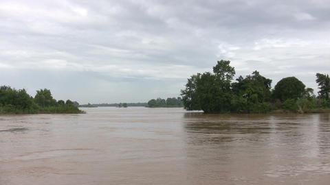 Mekong River, Don Det, Laos Live Action