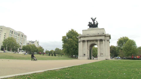 View of Arch Gate, Wellington Arch Live Action
