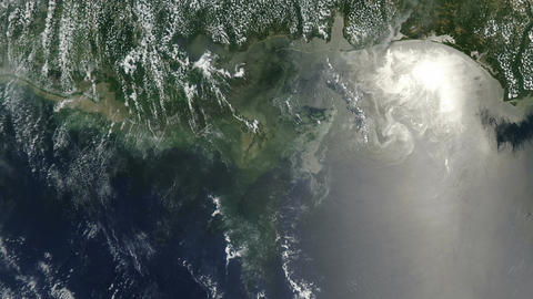 Deepwater Horizon Oil Spill near the Mississippi Delta Live Action